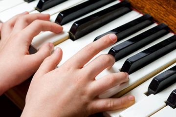 Easy to follow guidelines for learning to play piano as an adult