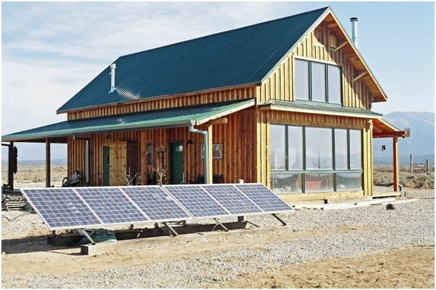 How to Live Off the Grid: The Benefits and Implications to Know